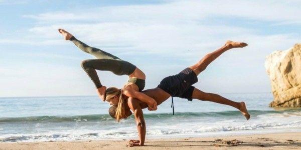 Yoga Übungen zu zweit: 3 effektive Akro Yoga Posen für ...
