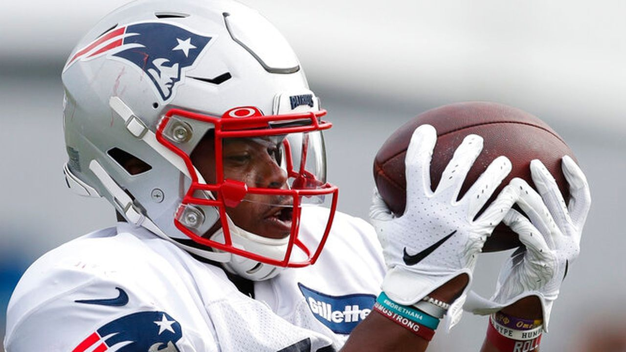 Will The Patriots Open A Spot For Damien Harris In 2020 National Football League News Http Nfl Nbanews In 2020 Nfl News National Football National Football League