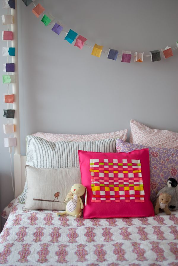 Amy Gropp Forbes of Eclectic Mom: Woven FeltPillow
