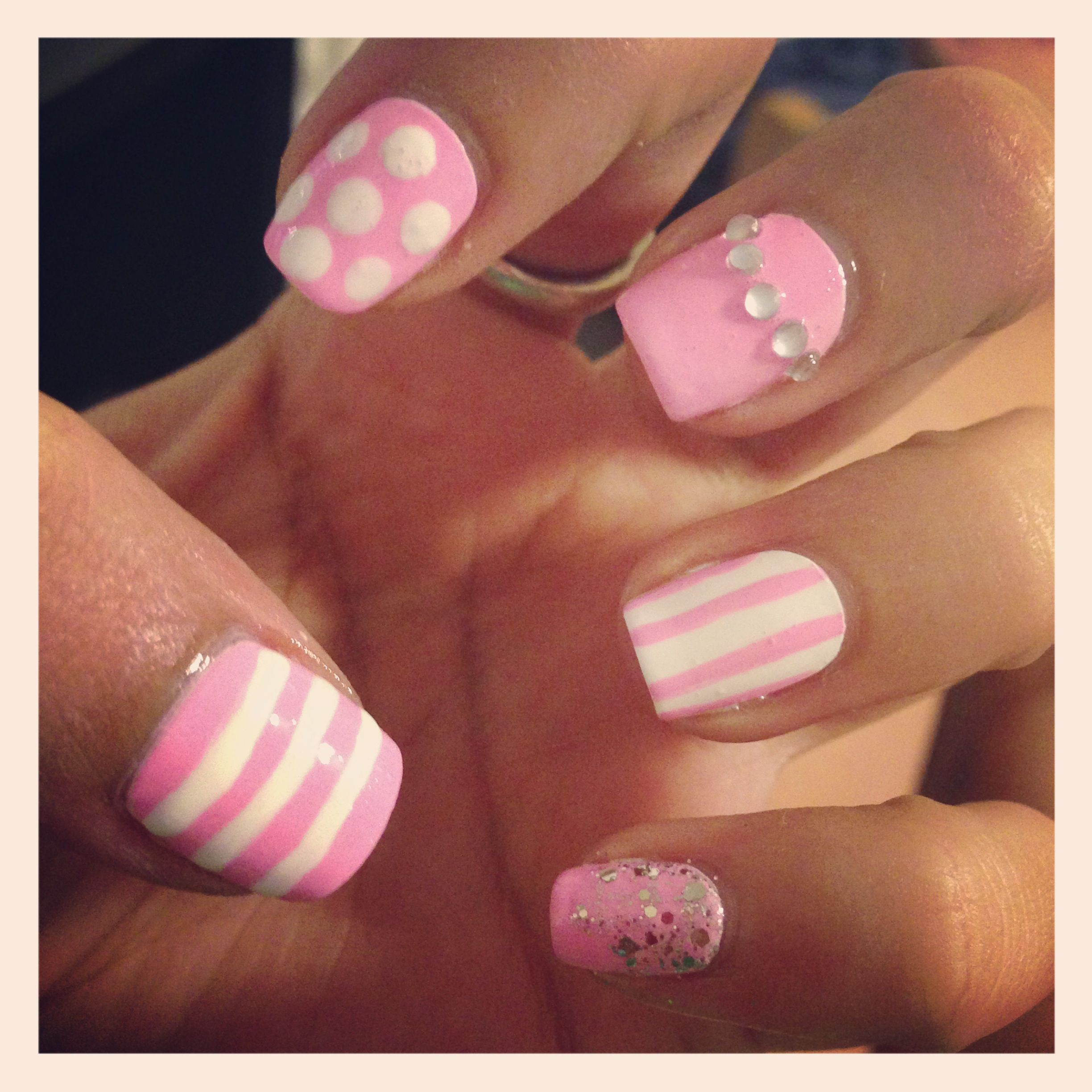 Cute girly nail art with rhinestones and glitter love this cute girly nail art with rhinestones and glitter love this prinsesfo Gallery