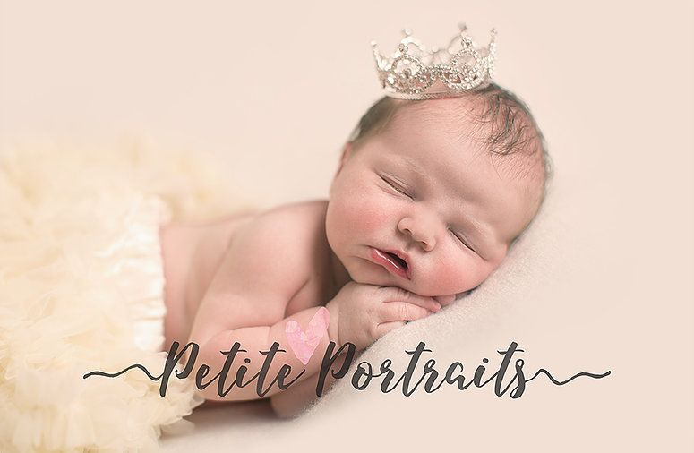 Petite portraits photography studio is based in dinningtonsheffield and offers award winning yet affordable maternity newborn baby cake smash