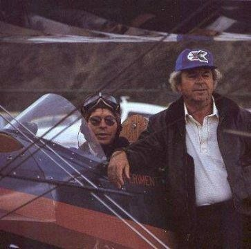 JOHN DENVER AND FATHER HENRY DEUTSCHENDORF THE HIGHER WE FLY 1980 ABC TV PHOTO