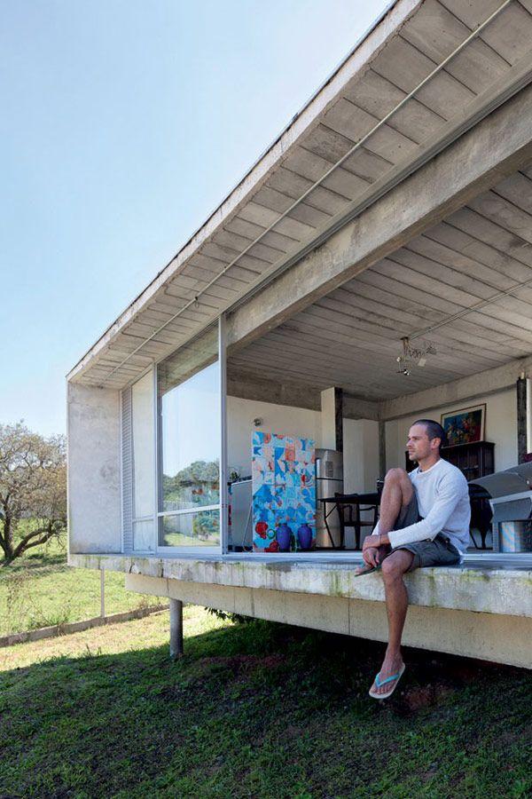 The Home Of Rodrigo Edelstein Plastolux Pod House Modern Small House Design Container House Design