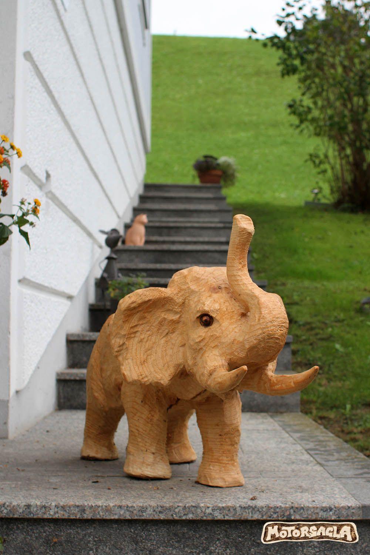 elefant, material: fichte #motorsäge #holz #carving #elefant