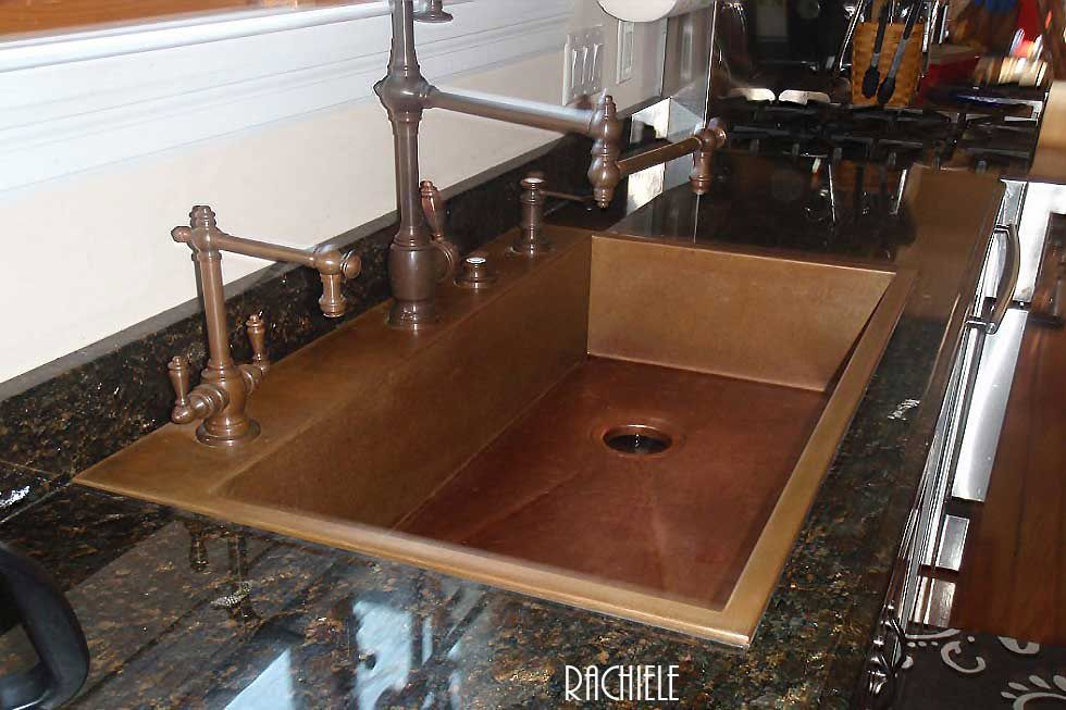 32 Maintain And Decorate The Copper Farmhouse Sink In 2020 Copper Farmhouse Sinks Copper Sink Sink