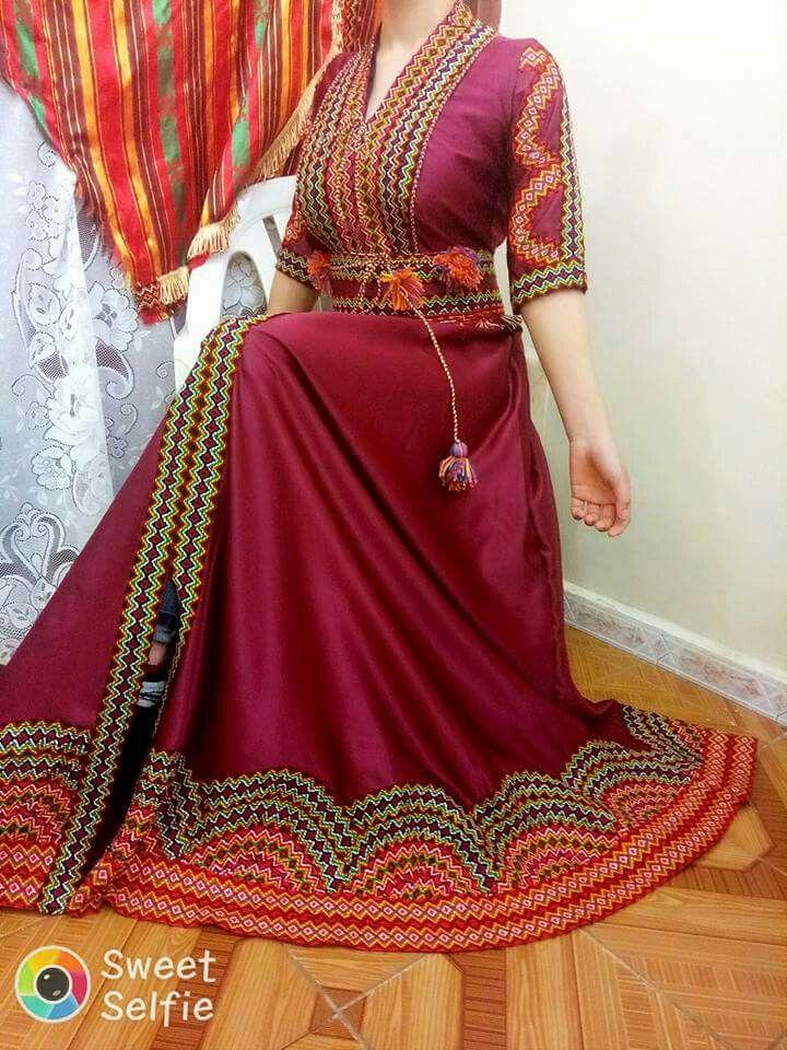 Pingl par abou safia sur robe kabyle pinterest for Maison kabyle moderne