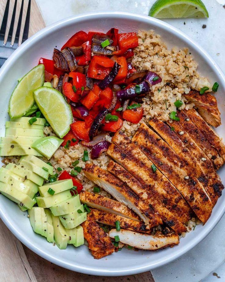 """Chicken and Cauliflower """"Rice"""" Bowls #healthydinnerrecipes"""