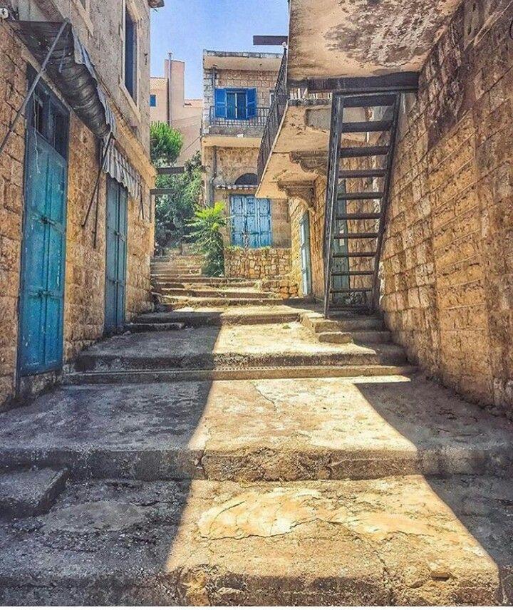 من الاحياء القديمة في مرجعيون جنوب لبنان Old Houses Photo Structures