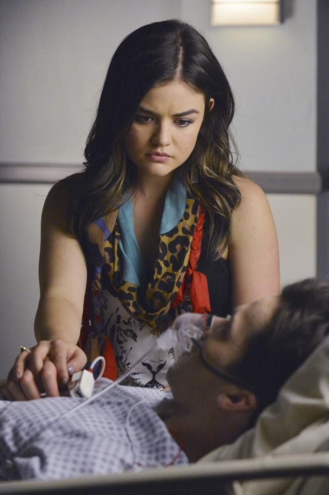 Pretty Little Liars Season 5 Lucy Hale And Ian Harding On Ezria S