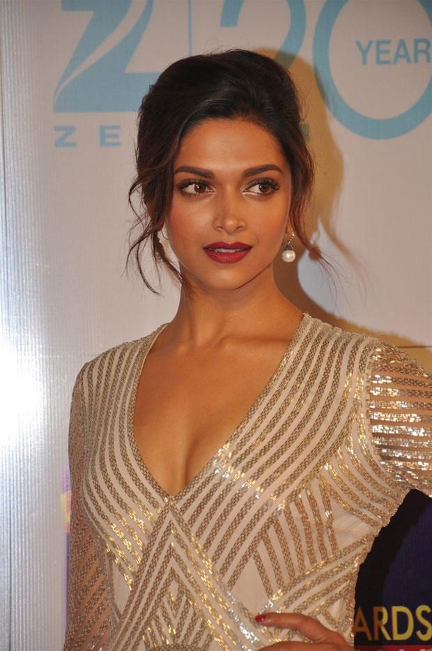Chaarchaand Com Deepika Padukone Indian Bollywood Actress Nice Dresses