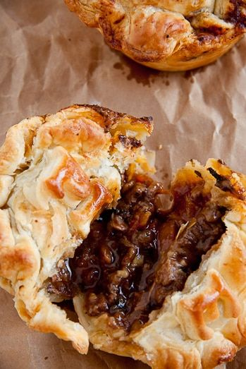 Steak and Mushroom Pot Pies - (Free Recipe below) in 2020 ...