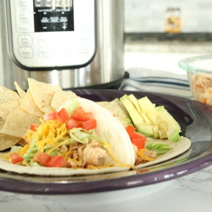 chicken tacos plated up #shreddedchickentacos