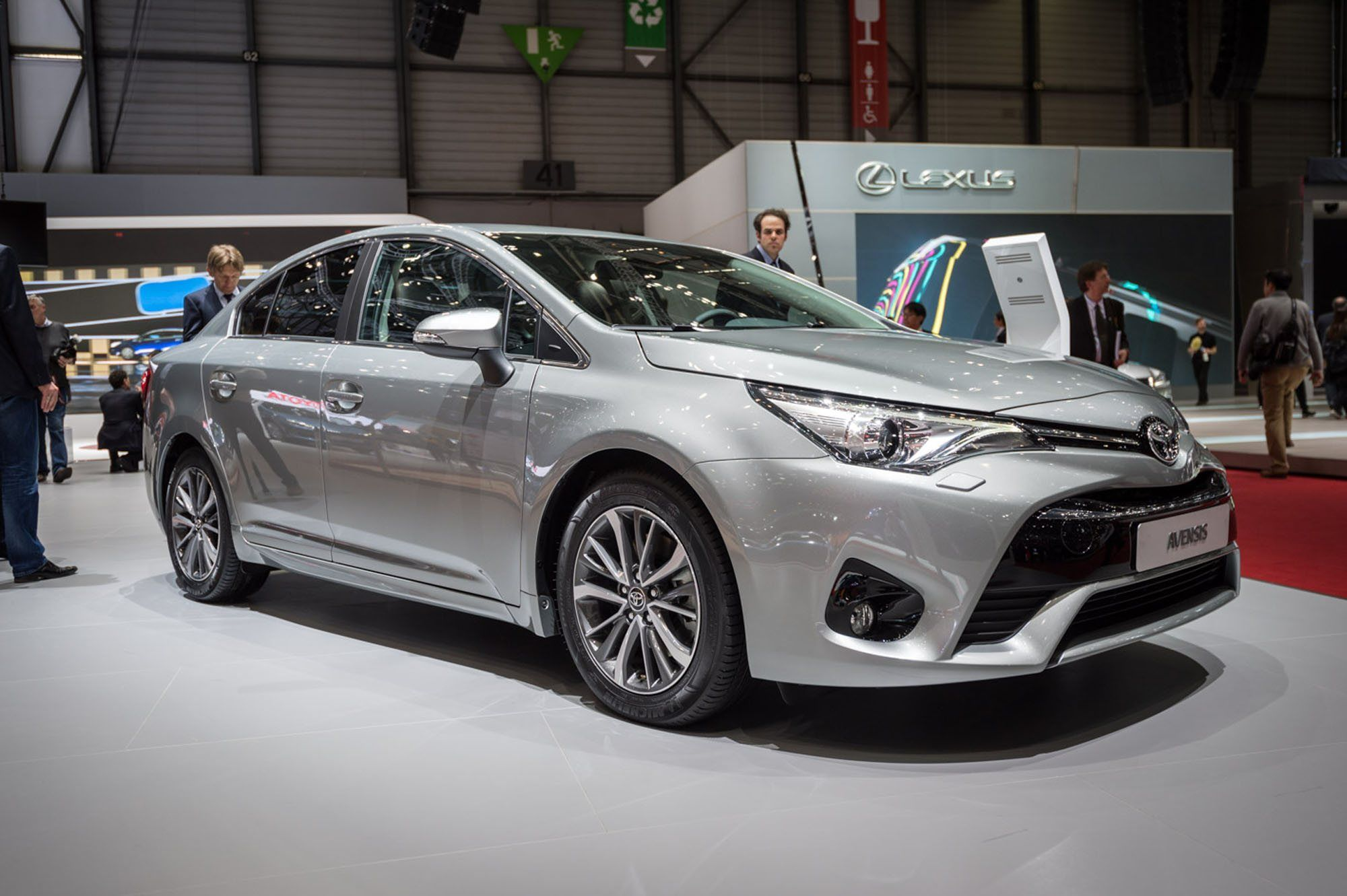 2020 New Toyota Avensis Spy Shots Reviews