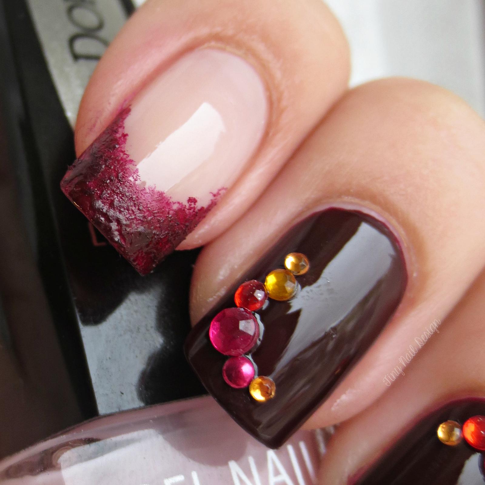 Tiny Nail Design: Halloween-kynnet IsaDoran geelilakoilla