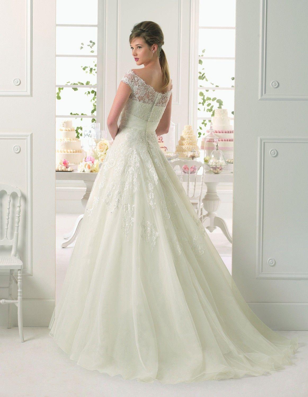 I raffinati abiti da sposa aire barcelona li trovi da bonini