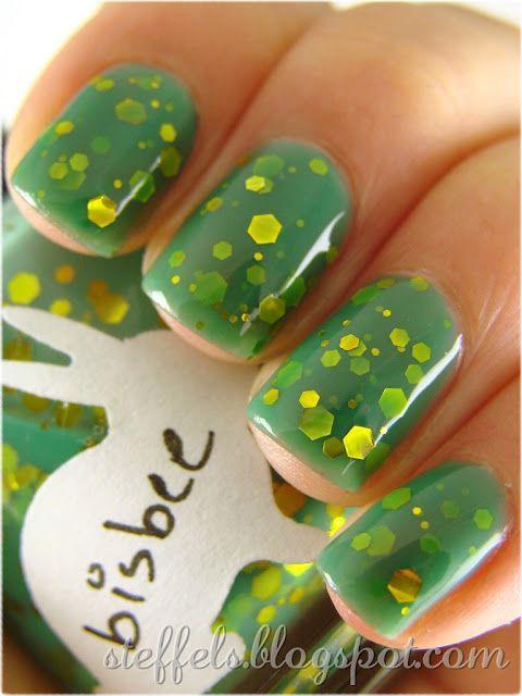 HARE Bisbee#nail_art #nails #nail #nail_polish #manicure