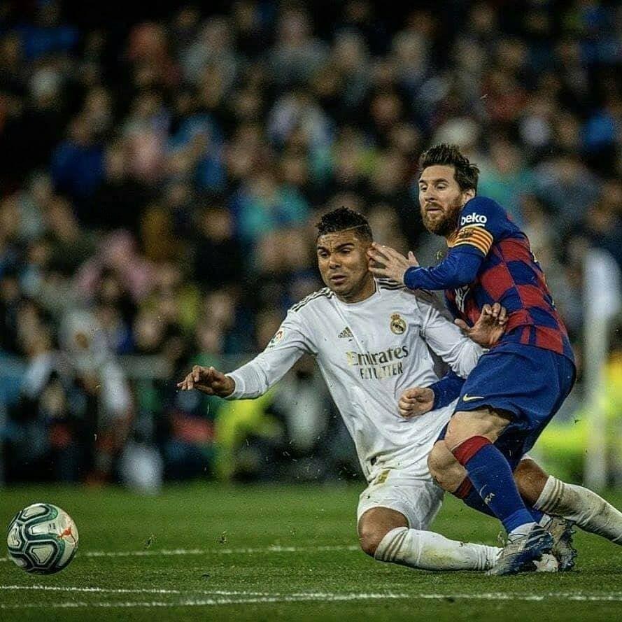 Casemiro Vs Messi Realmadrid Halamadrid Sergioramos Cristianoronaldo Casemiro Real Madrid Real Madrid Pictures Messi Vs