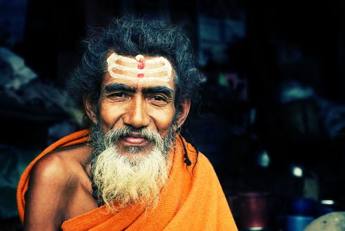 Wearing Tilak on our foreheads is one such custom. Though it symbolizes Hinduism and has a lot of other connotations, it makes perfect sense on a scientific plane too.Our entire body emanates energy in #faceofindia #sadhu #incredibleindia