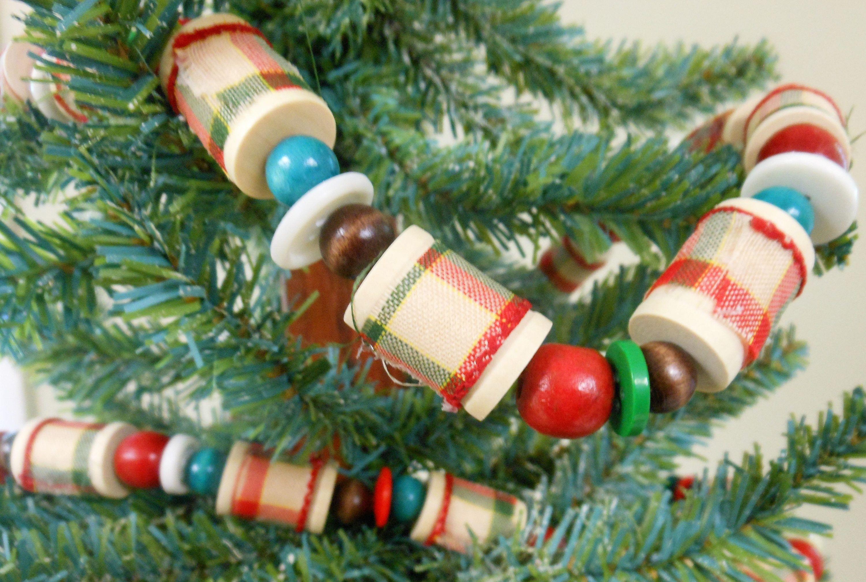 Christmas Garland Christmas Spools Beaded Garland Old Fashioned ...