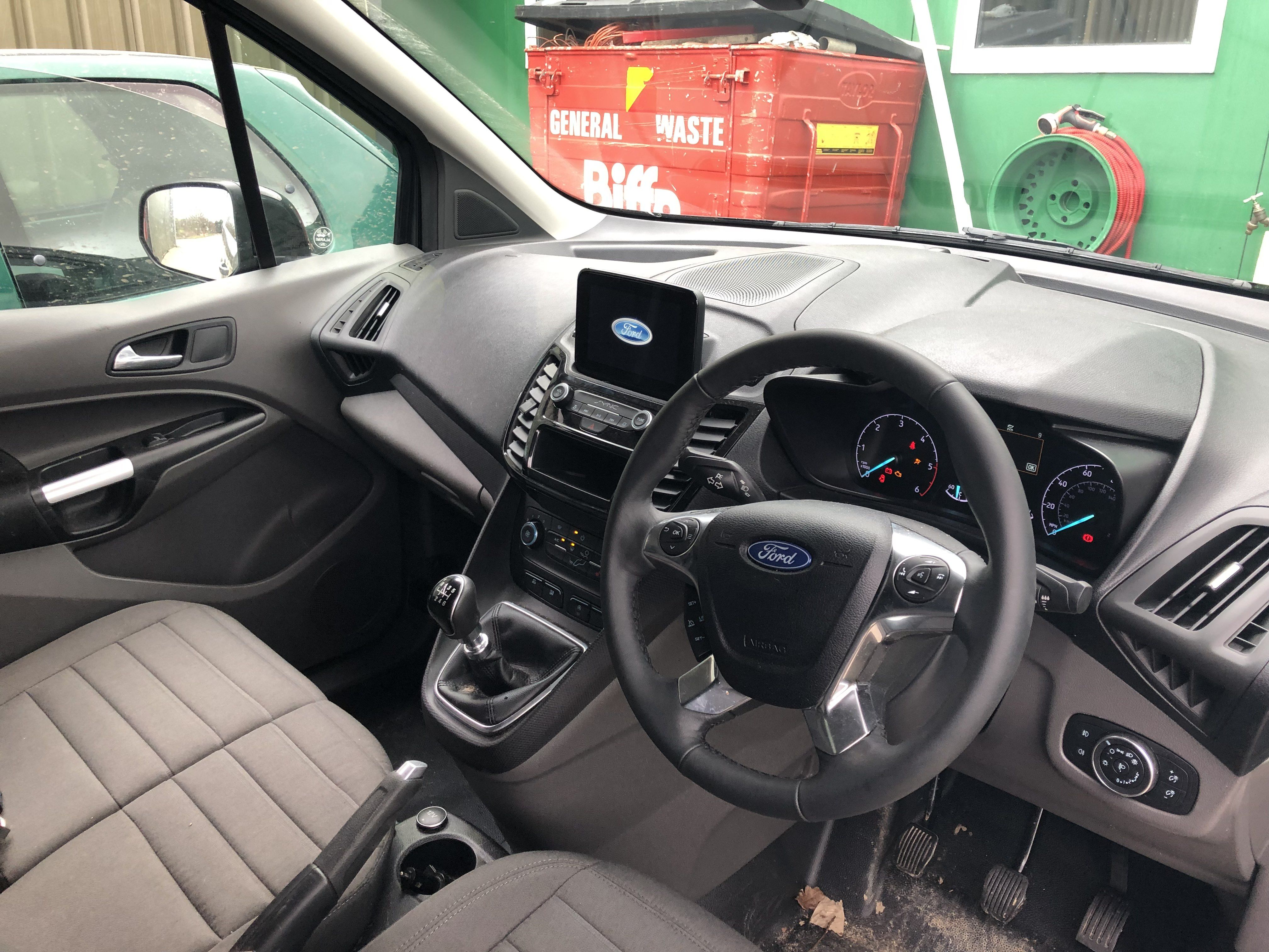 The Ford Transit Connect 240 L2 Diesel 1 5 Ecoblue 120ps Limited