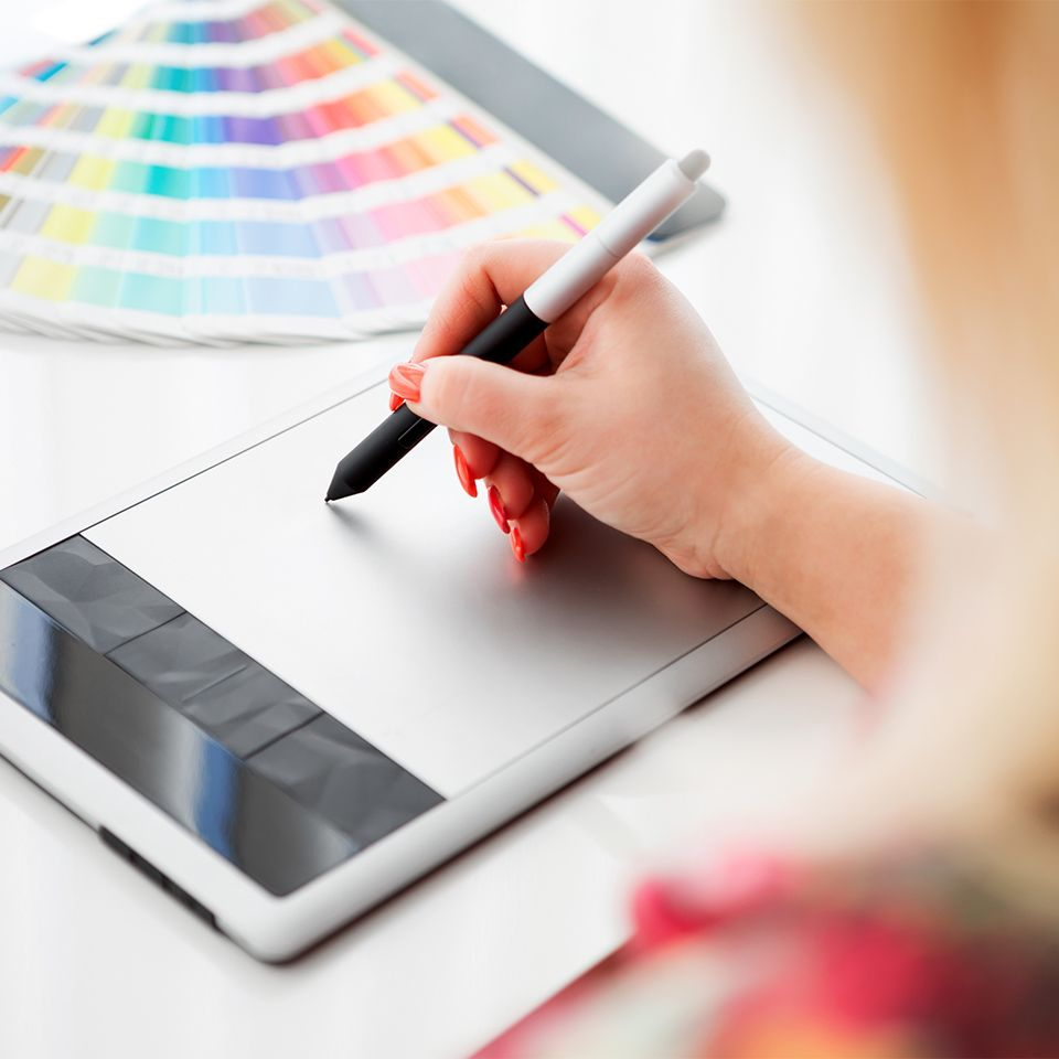 How To Make Money As A Graphic Designer From Home