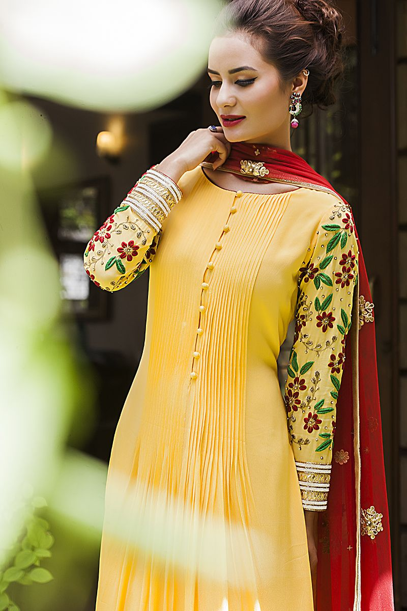 Exclusive collection by vrushhali satre is now available at