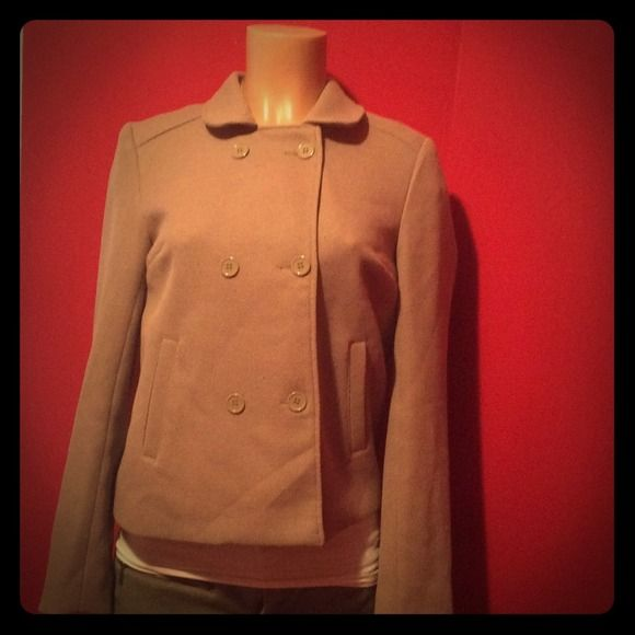 Beige coat Ute coat form h&m, great condition. Beige color. H&M Jackets & Coats Pea Coats