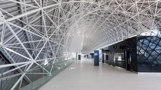 Airport Architecture And Design Archdaily Zagreb Architecture Landmark Architecture