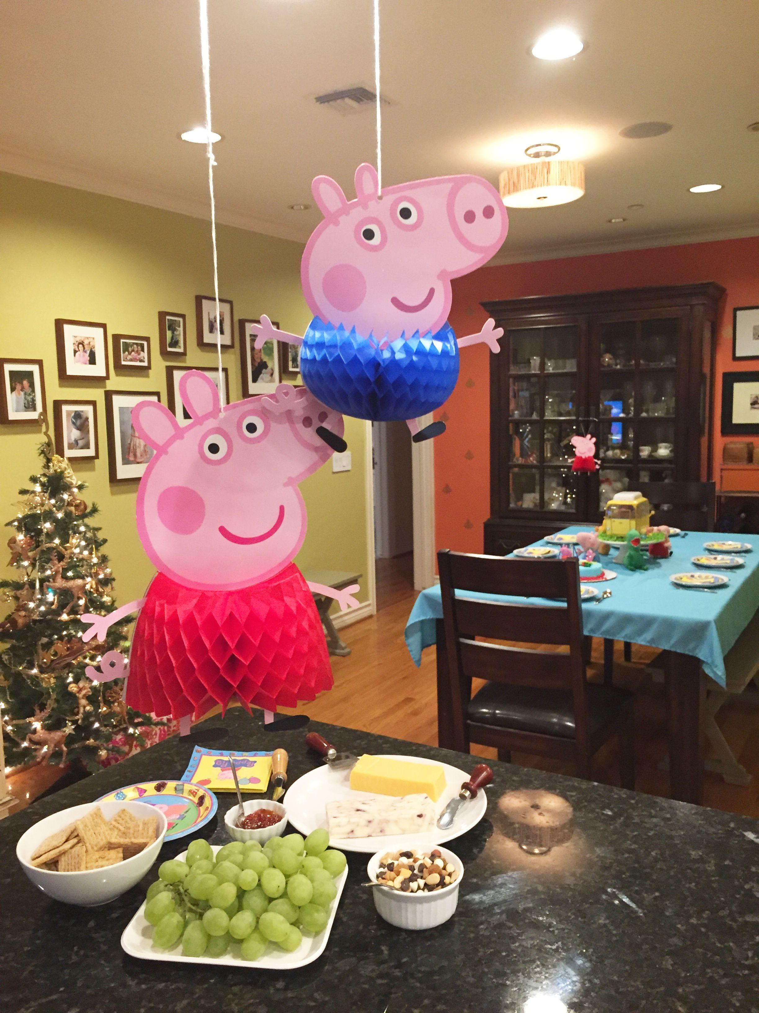 Sophia's Peppa Pig 3rd Birthday - Family Celebration #peppapig