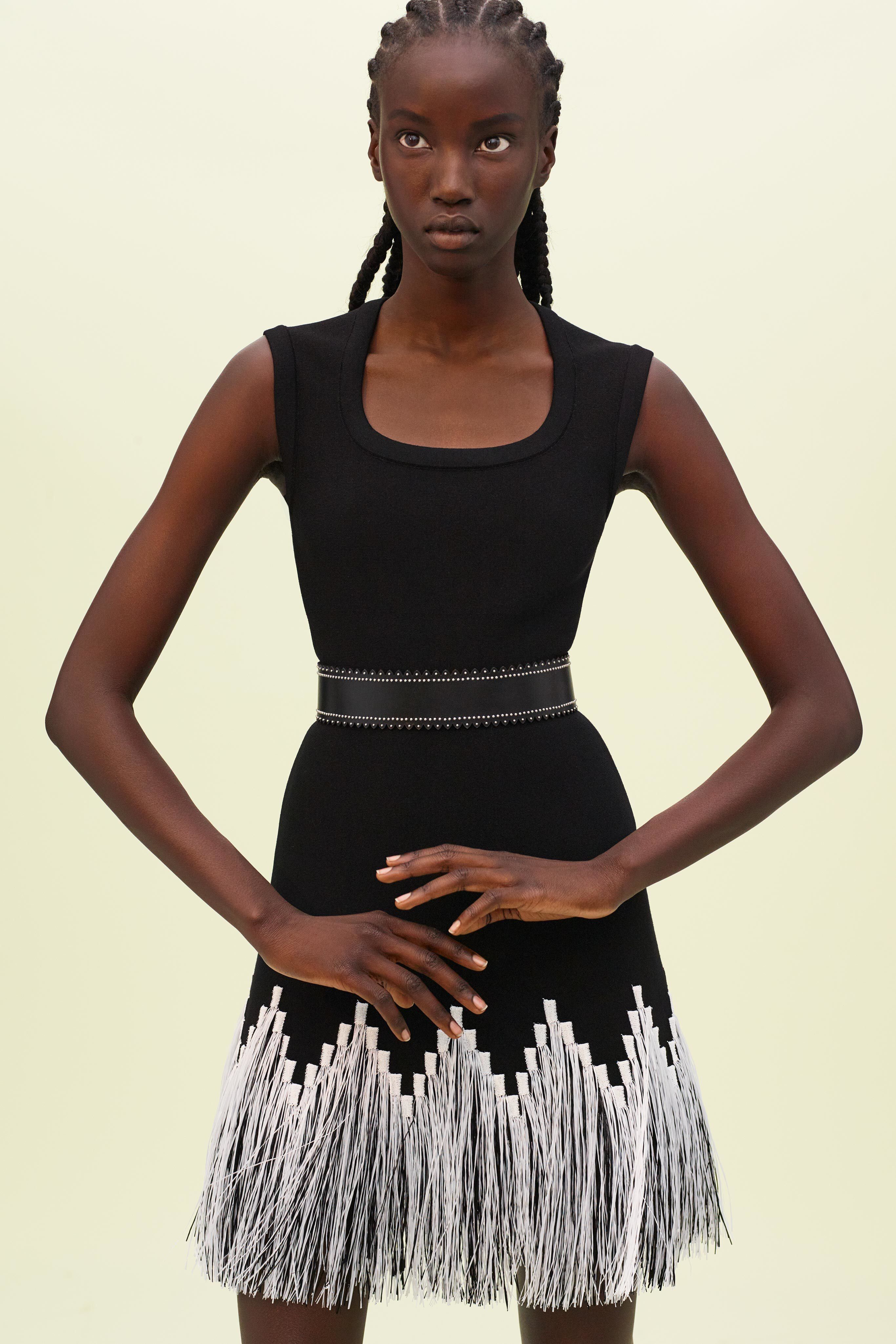 Alaia Spring 2019 Ready To Wear Fashion Show Collection See