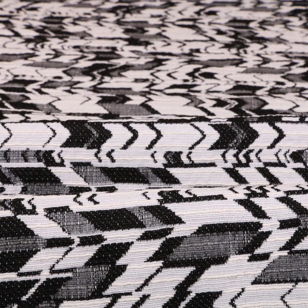 Tuto : Réaliser un grand chèche, le foulard tendance du moment #chechetutocouture Tuto : Réaliser un grand chèche, le foulard tendance du moment #chechetutocouture