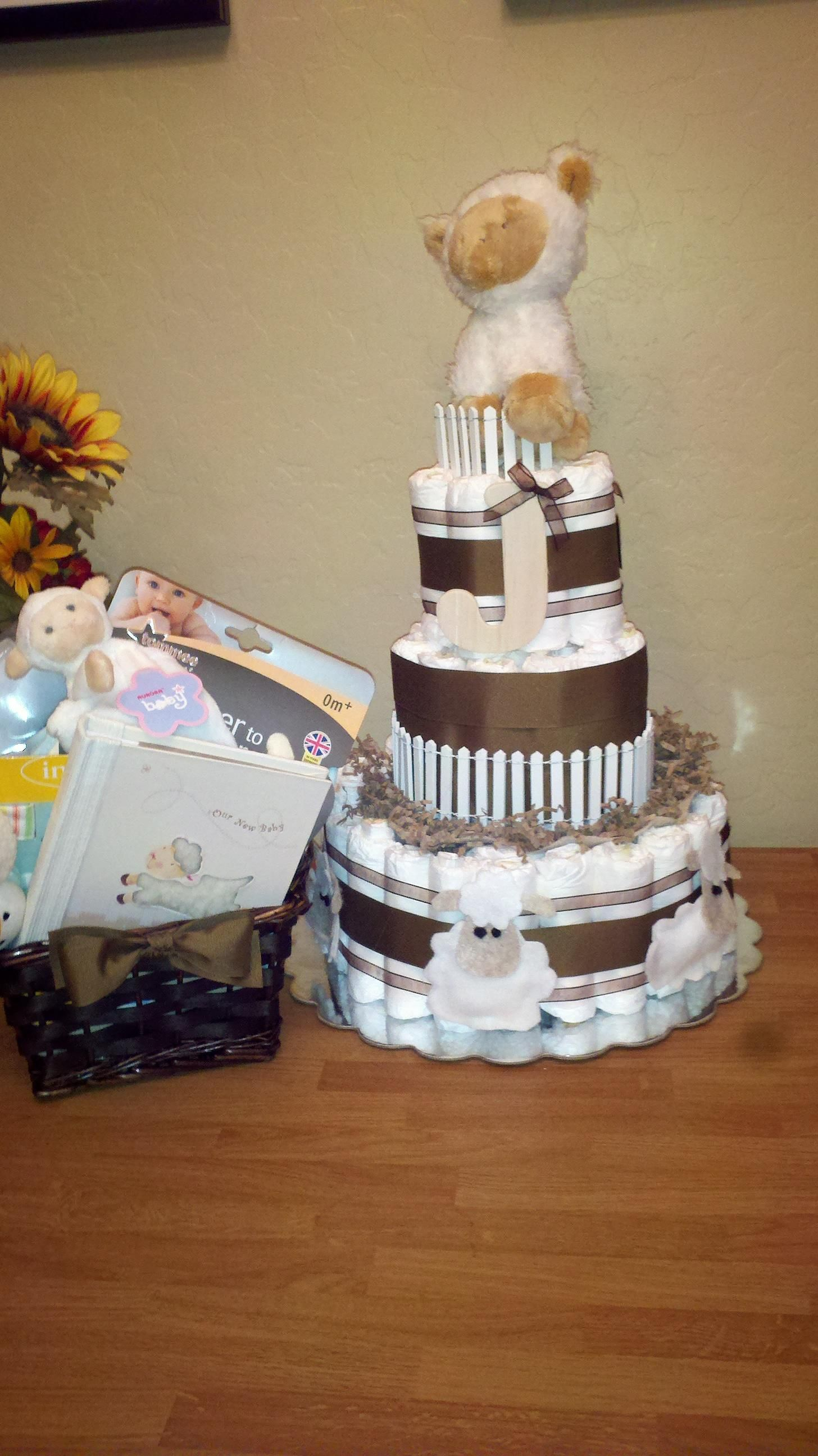 This was for my step sisters baby shower... Lamb theme... I even made the little lambs on the bottom out of felt and hot glue... and I stuffed them with cotton balls.