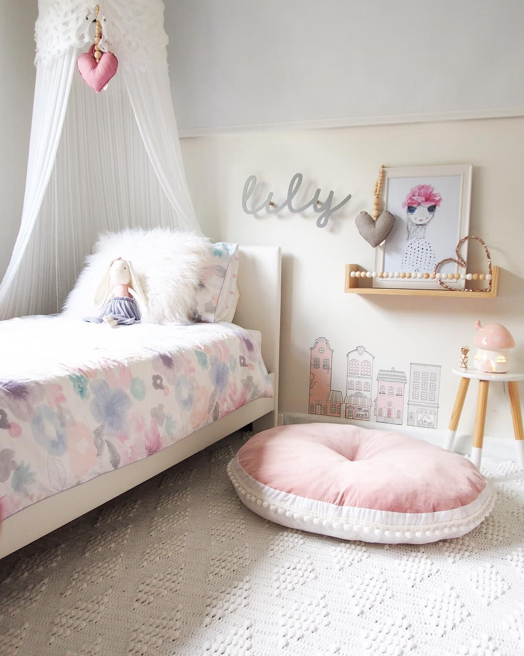 Our Lily Rug In White 130x170cm Www Lilypilybaby Boutique