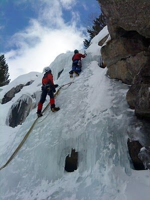 Roques Negres  escalada en gel -   Boí Pirineu