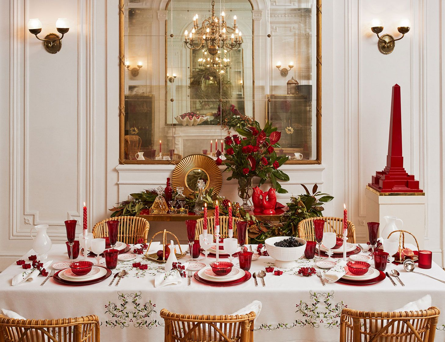 Chritsmas Table Tablescape Red Green White Decor Decorations Gold Zara Home Christmas Red Christmas Decor Christmas Table Settings