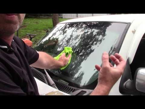 How To Super Clean Your Windshield Youtube Clean Car Windshield Clean Windshield Windshield Glass