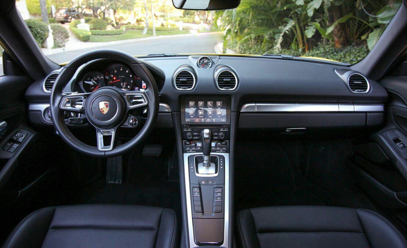 2019 Porsche Cayman GTS, Interior.