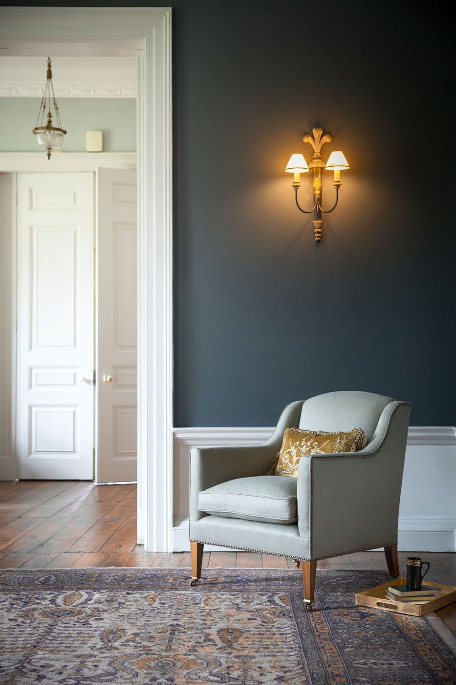 The Edgar is a beautifully proportioned, contemporary and comfortable armchair with a separate seat cushion. Pictured here in Donegal linen (Oatmeal).