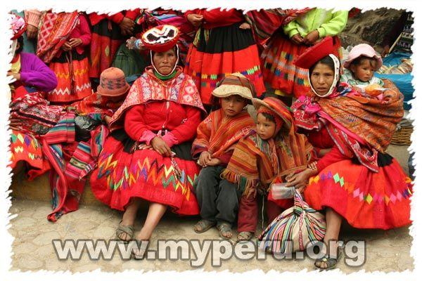 google image result for       myperu org  images  traditional clothing peru  2007 0106
