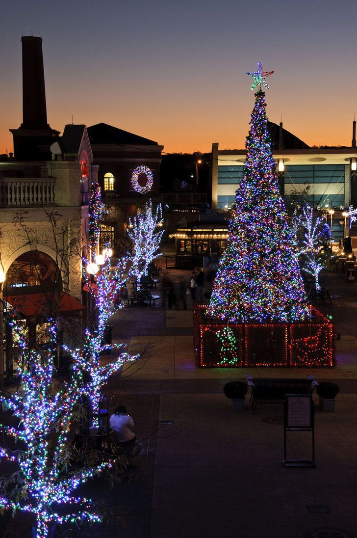 Feelings Of Christmas By Demi Plum On Deviantart Christmas Worldwide Christmas In America Christmas In The City