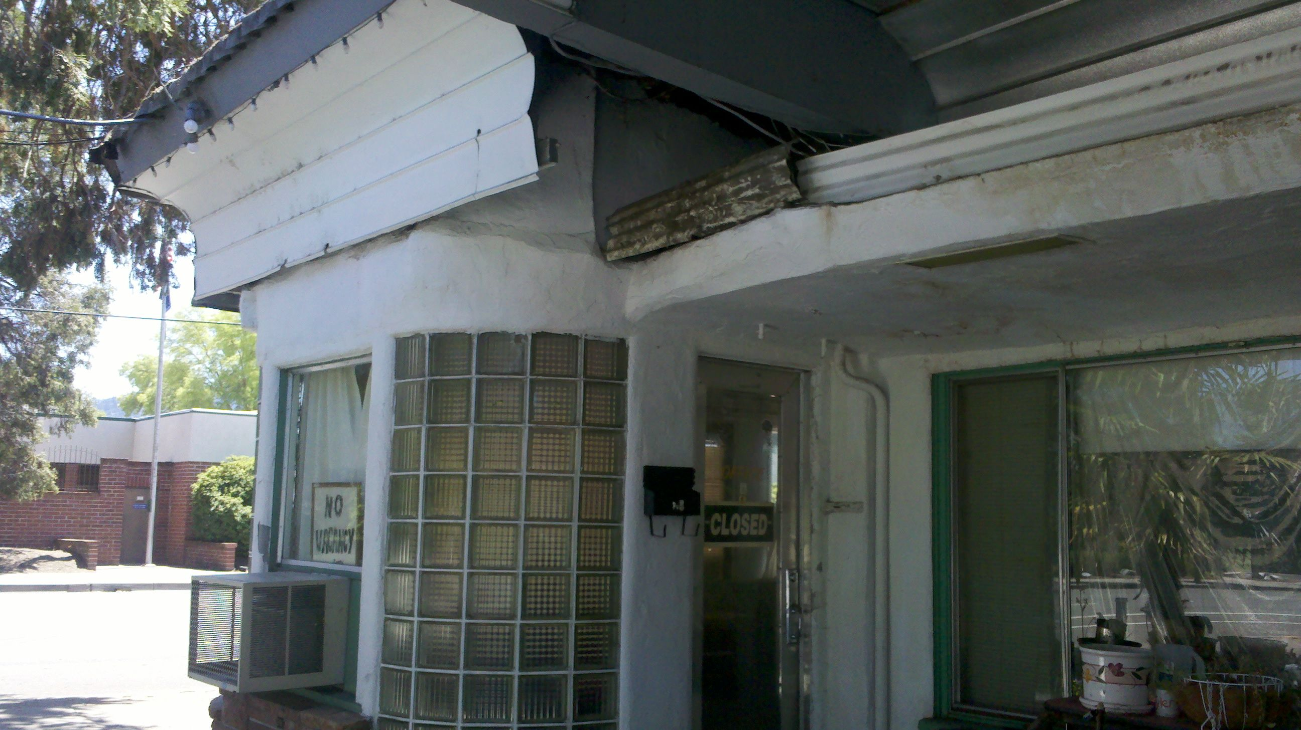 In grants pass oregon a 1930s motel with a wonderful non working neon sign the entire enterprise now needs significant repair july 2013