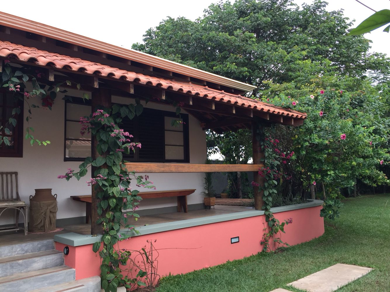 Casa no campo casa r stica casa arquitetura for Legalizar casa en terreno rustico