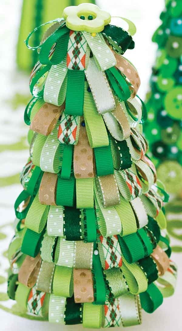 Crafting with Buttons and Ribbons #ribboncrafts