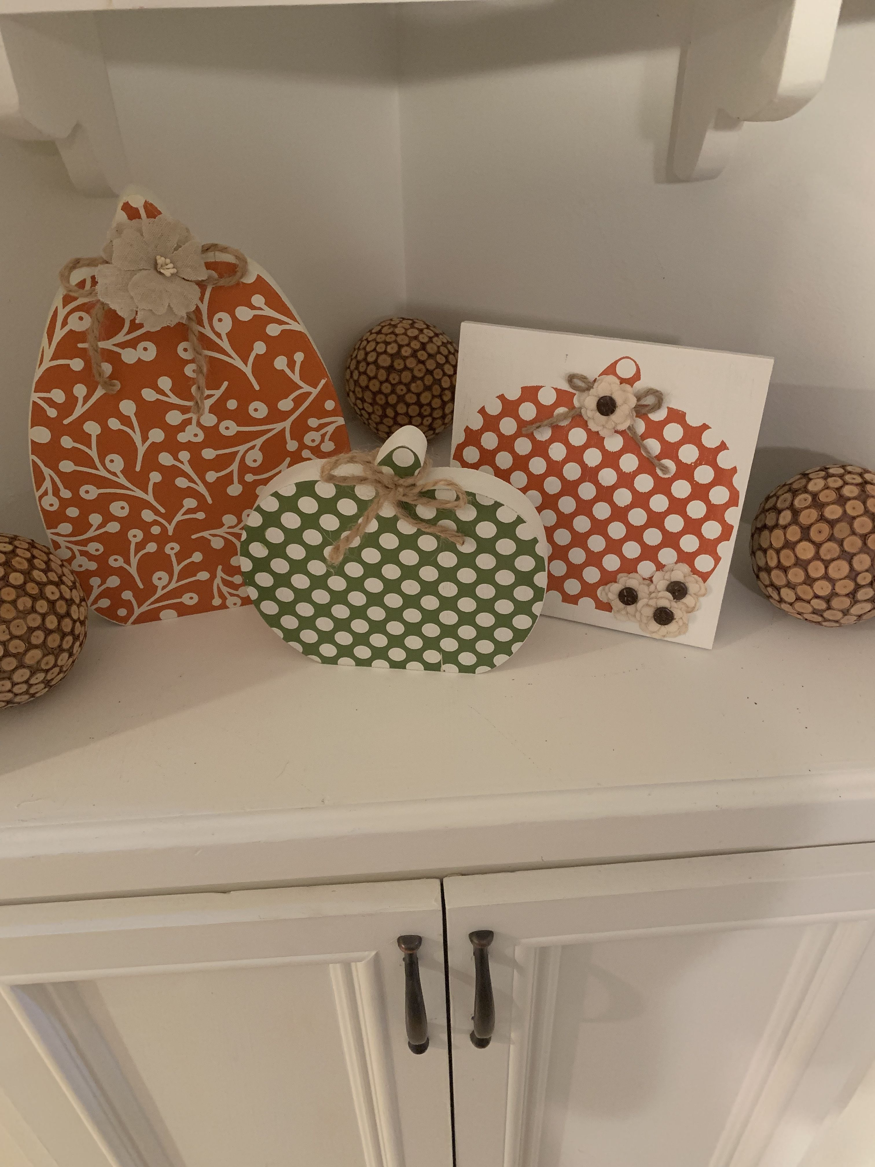 Chalk Couture wood pumpkin cutouts and pumpkin pattern ...
