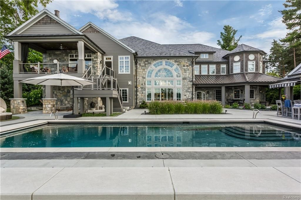3686 Woodland Dr Metamora Mi 48455 Mls 218074359 Zillow Luxury Homes Dream Houses Mansions Luxury Pool Houses