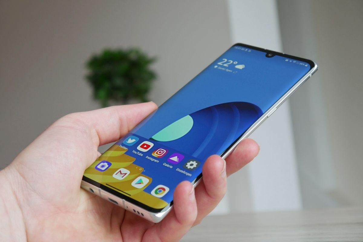 Lg Velvet Günstigere 4g Version Bei Saturn Und Mediamarkt Google Play Android Apps Apps