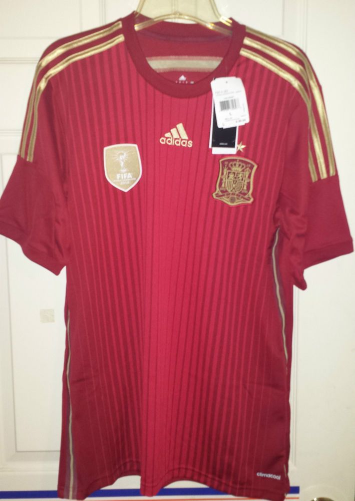 NEW Adidas Spain National Team Soccer Jersey FIFA World Cup 2010 Champions  MENS  adidas  Spain bacc2d72e