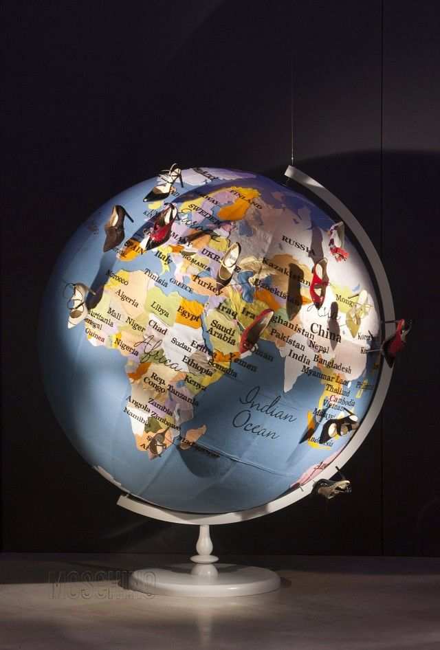 Theme     Mappamondo      Window Display   Pinterest   Globe  Map globe     Theme     Mappamondo         Map PinsStore