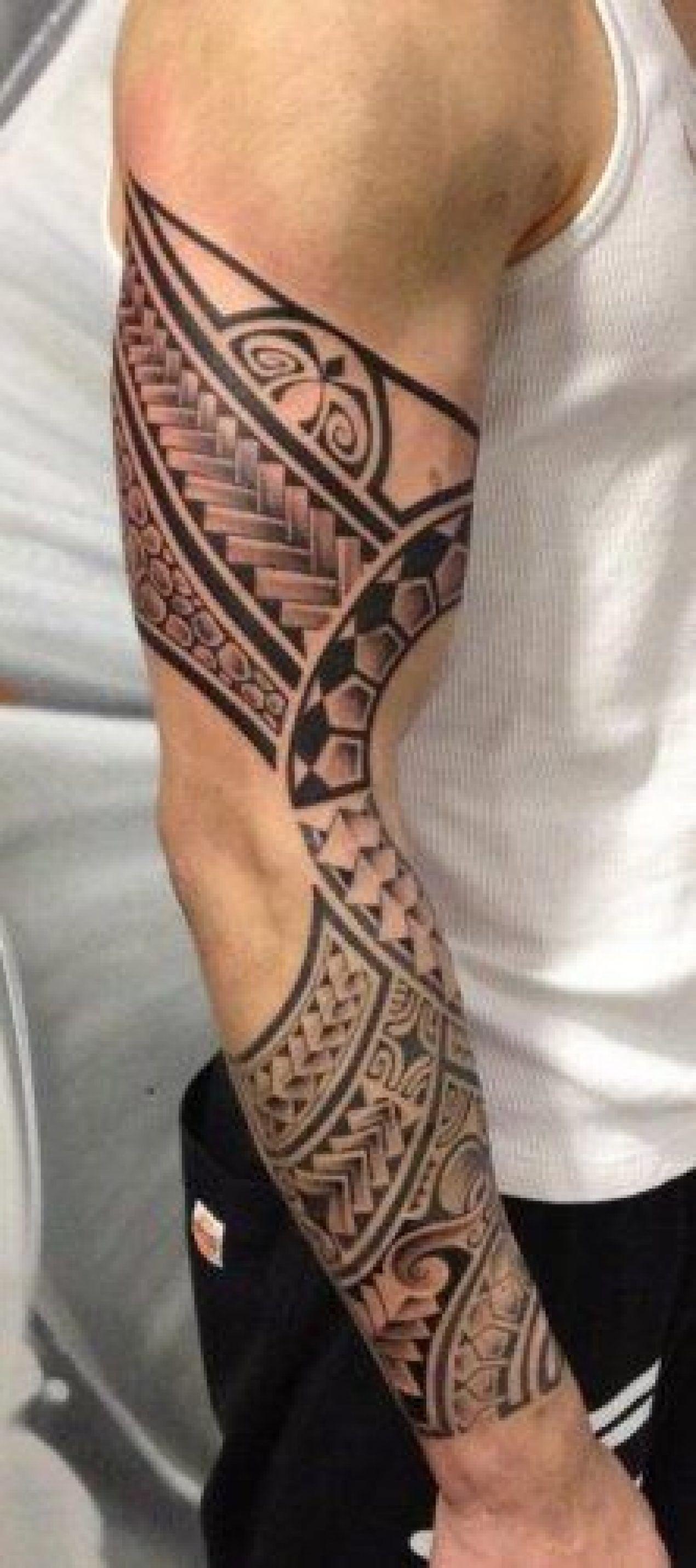 tatouage polyn sien patchwork tatouage tribal. Black Bedroom Furniture Sets. Home Design Ideas