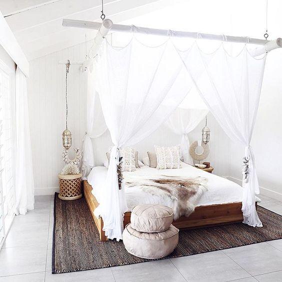 inspiration lit baldaquin liste shopping chambre coloniale pinterest lit baldaquin. Black Bedroom Furniture Sets. Home Design Ideas